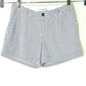 Banana Republic Striped Seersucker Shorts Size 4